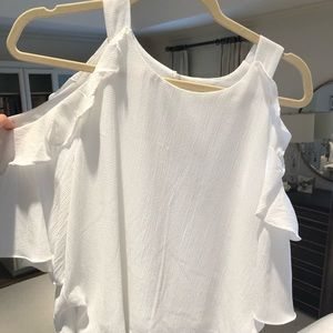 DO+BE white cold shoulder top